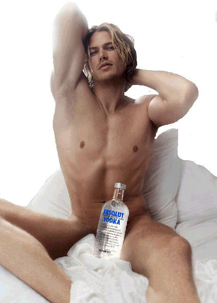 julian mcmahon desnudo imagenes